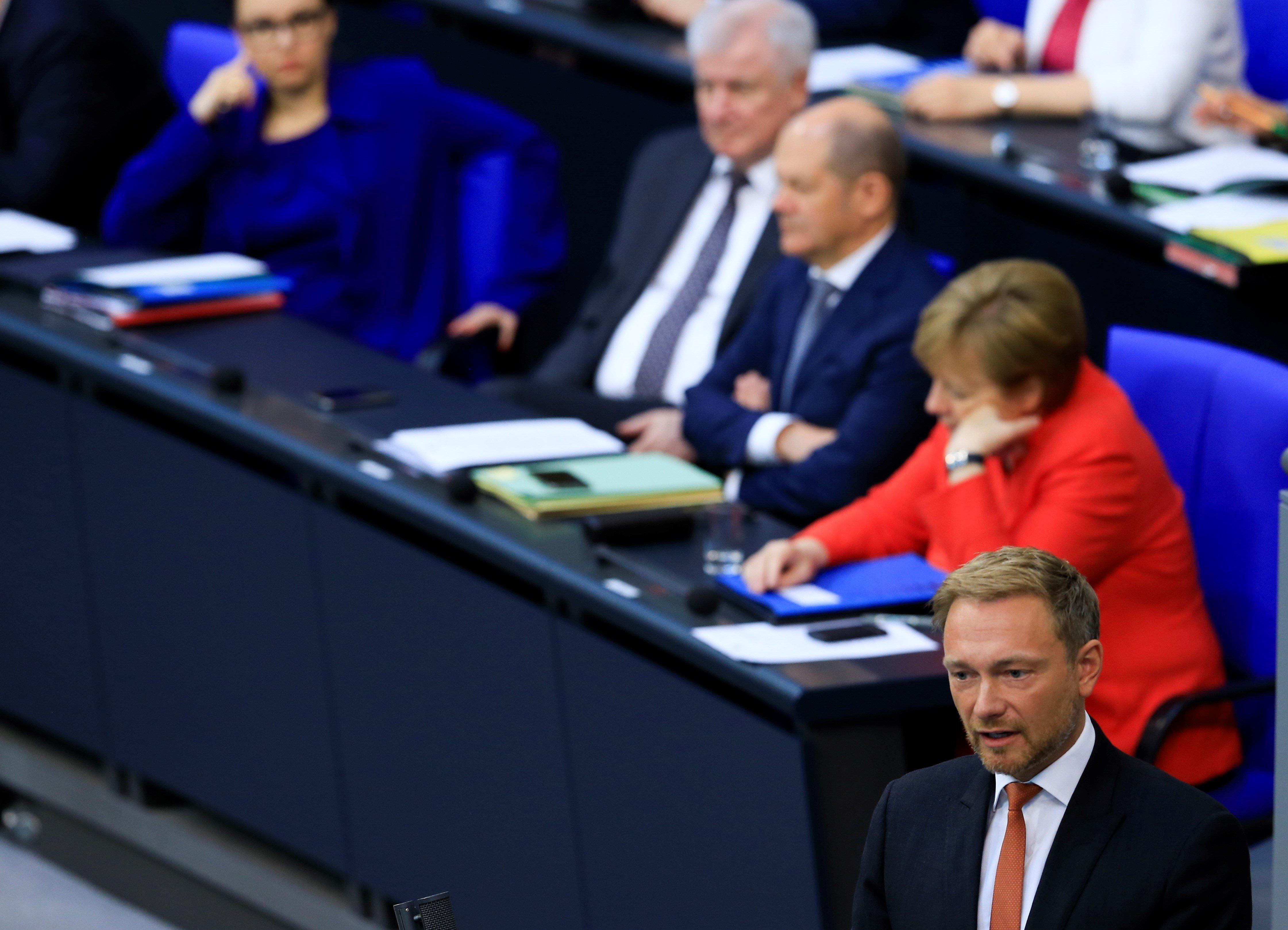"""""""Merkel ist politisch erschöpft"""": Lindner will Kanzler-Amtszeit begrenzen"""