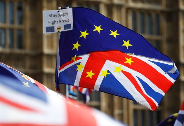 Το 50% των Βρετανών θέλει νέο δημοψήφισμα με αντικείμενο την πρόταση της Μέι για το