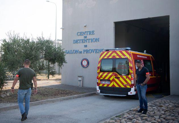 Γαλλία: Τρόφιμος κράτησε όμηρο νοσοκόμα σε φυλακή στη Σαλόν-ντε-Προβάνς. Δεν υπάρχουν