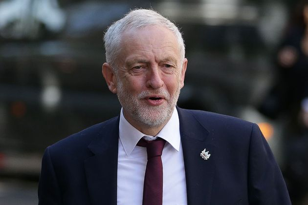 Labour's Democracy Review Backs Online Voting Plan To Give Jeremy Corbyn Supporters New Power Over