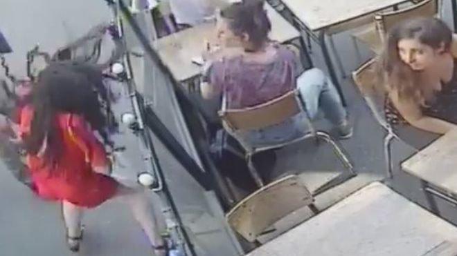 woman slapped in paris