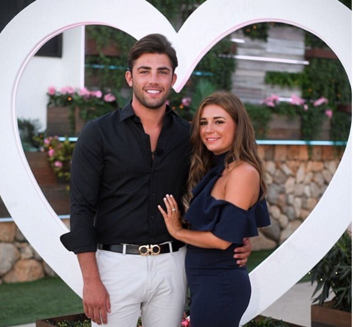Looks We Love: Dani Dyer's 'Love Island' 2018 Finale