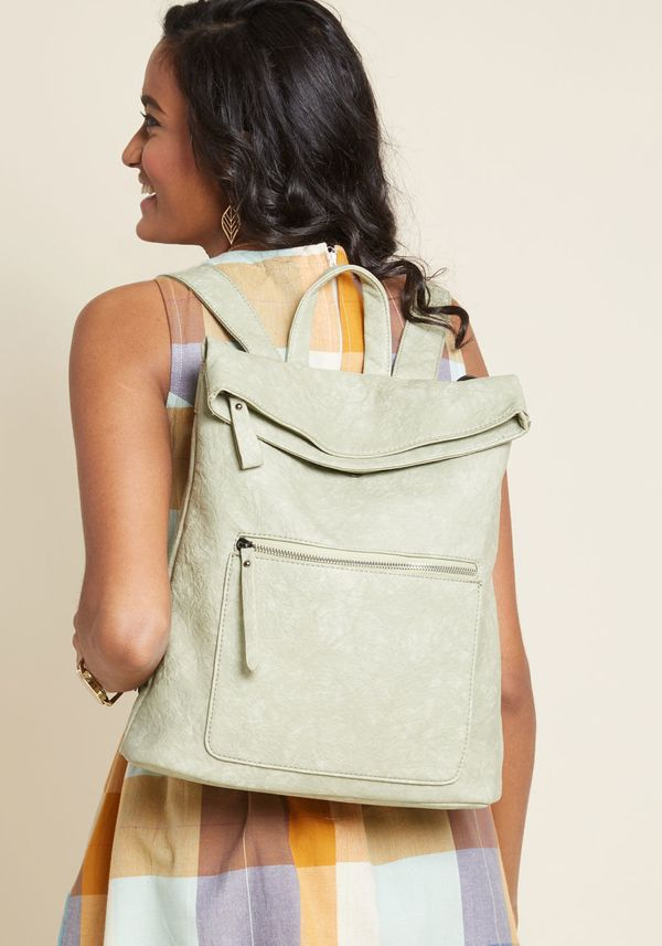 """<a href=""""https://www.modcloth.com/shop/accessories/get-carried-away-convertible-backpack/100000296205.html"""" target=""""_blank"""">G"""