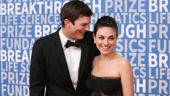 MOUNTAIN VIEW, CA - DECEMBER 03:  Actors Ashton Kutcher (L) and Mila Kunis attend the 2018 Breakthrough Prize at NASA Ames Research Center on December 3, 2017 in Mountain View, California.  (Photo by Jesse Grant/Getty Images)