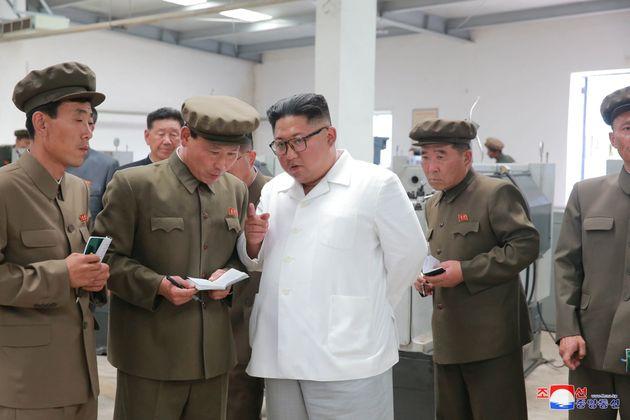 북한이 ICBM 계속 만들고 있다는 소식에 대한 전문가들의