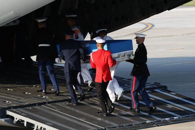 북한이 송환한 미군 유해 검토한 미국 관계자,