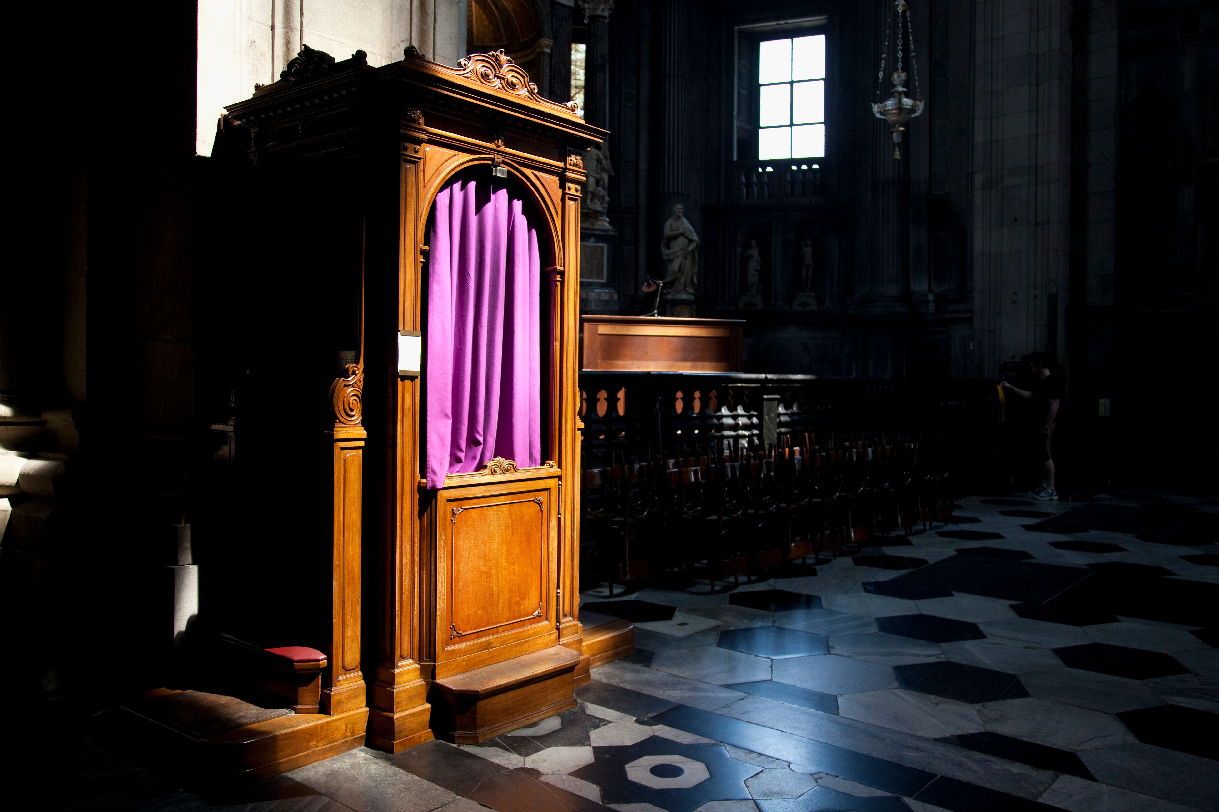 Italy, Lombardy, Lakes Region, Lake Como, Como, Duomo cathedral, confessional booth