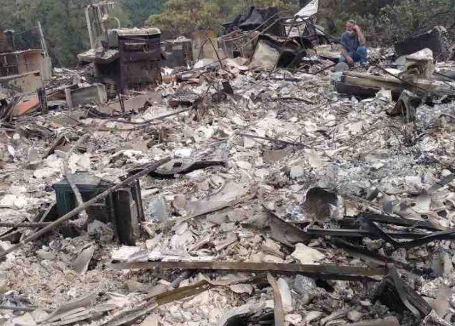 Mann kehrt zu abgebranntem Haus zurück – und findet die Überraschung seines
