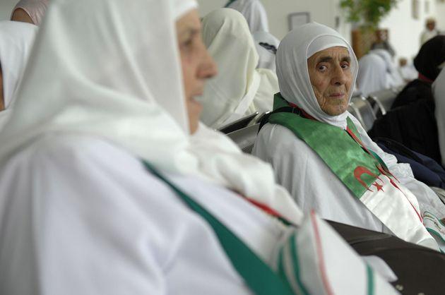 Arrivée des premiers groupes de hadjis algériens à la