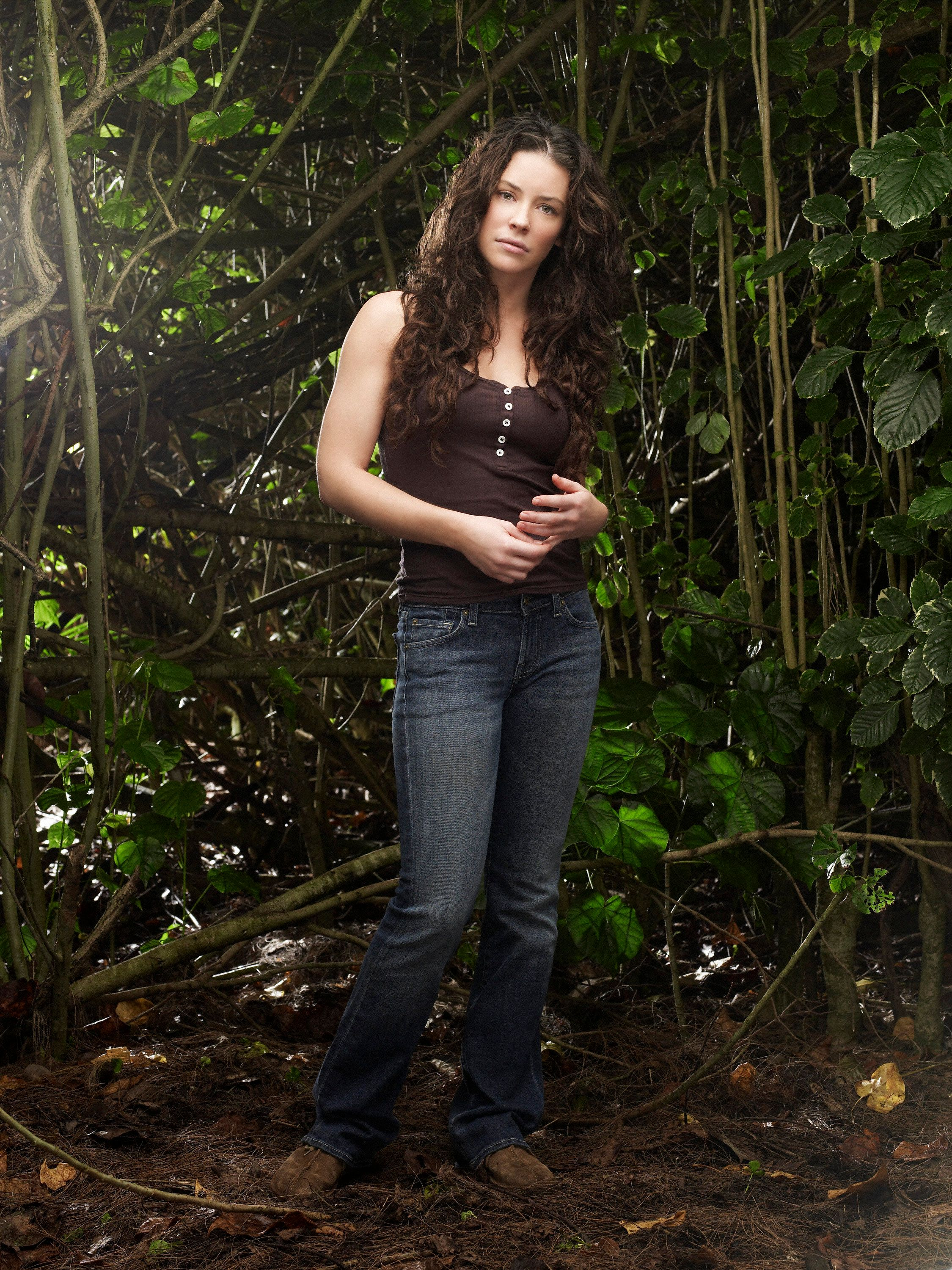 UNITED STATES - NOVEMBER 19:  LOST - ABC's 'Lost' stars Evangeline Lilly as Kate.  (Photo by Art Streiber/ABC via Getty Images)
