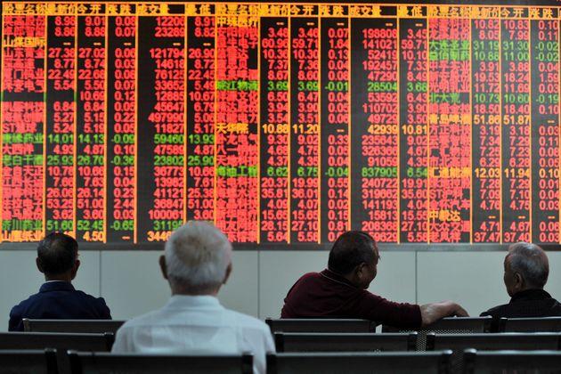 Πτώση στις χρηματιστηριακές αγορές στην Ευρώπη εξαιτίας της κλιμάκωσης της εμπορικής διαμάχης μεταξύ...