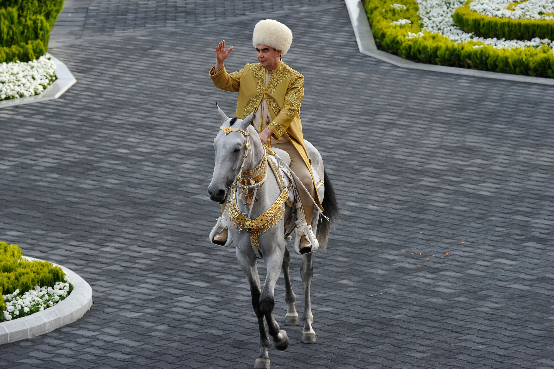 Le président du Turkmenistan Gourbangouly Berdymoukhamedov lors des célébrations...