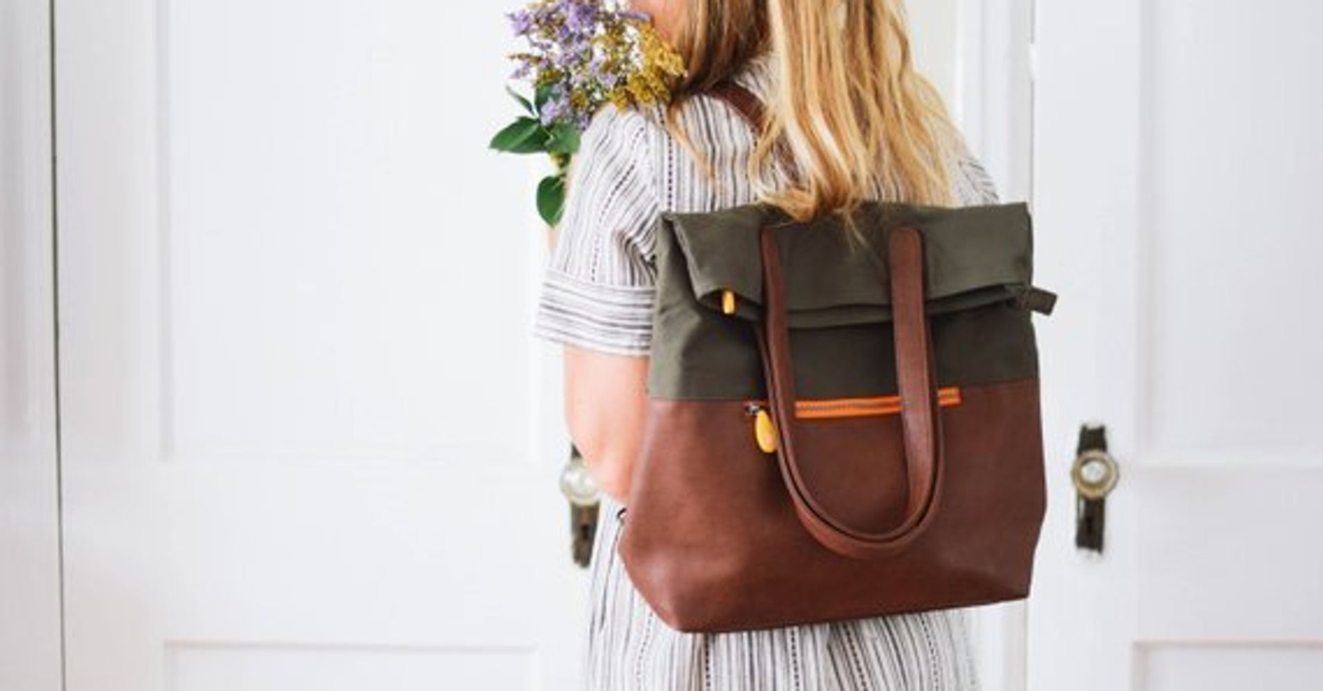 15 Purses That Convert To Backpacks To Give You Way More Options ... 104609c3d8114