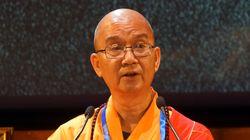 중국에서 가장 유명한 승려 중 한 명이 성폭행을 저질렀다는 고발이