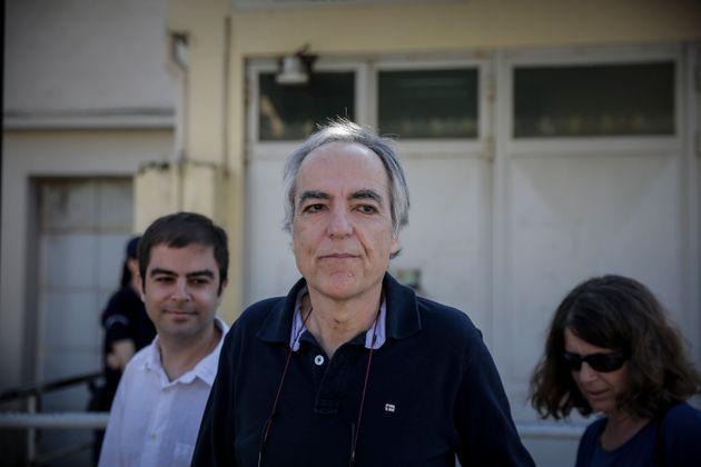 Μητσοτάκης: Ενώ η Ελλάδα θρηνεί, μετέφεραν μουλωχτά τον Κουφοντίνα στις αγροτικές φυλακές