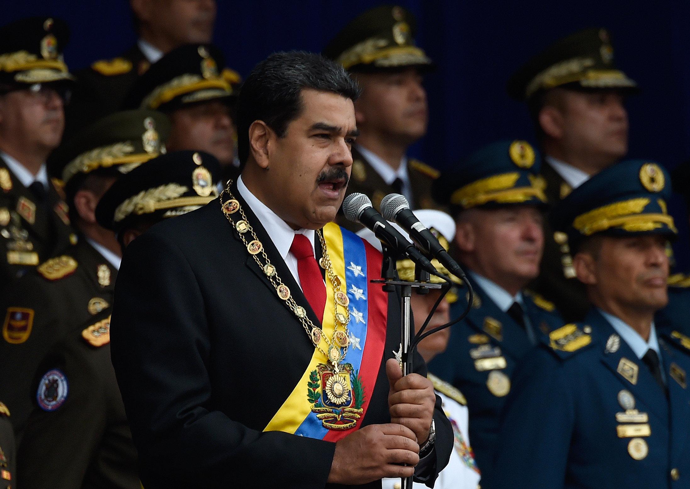 «Απόπειρα δολοφονίας» του προέδρου της Βενεζουέλας, Νικολά Μαδούρο. Οργάνωση ανταρτών ανέλαβε την ευθύνη, Κολομβία και ΗΠΑ δε...
