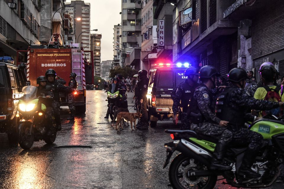 «Απόπειρα δολοφονίας» του προέδρου της Βενεζουέλας, Νικολά Μαδούρο. Οργάνωση ανταρτών ανέλαβε την ευθύνη,...