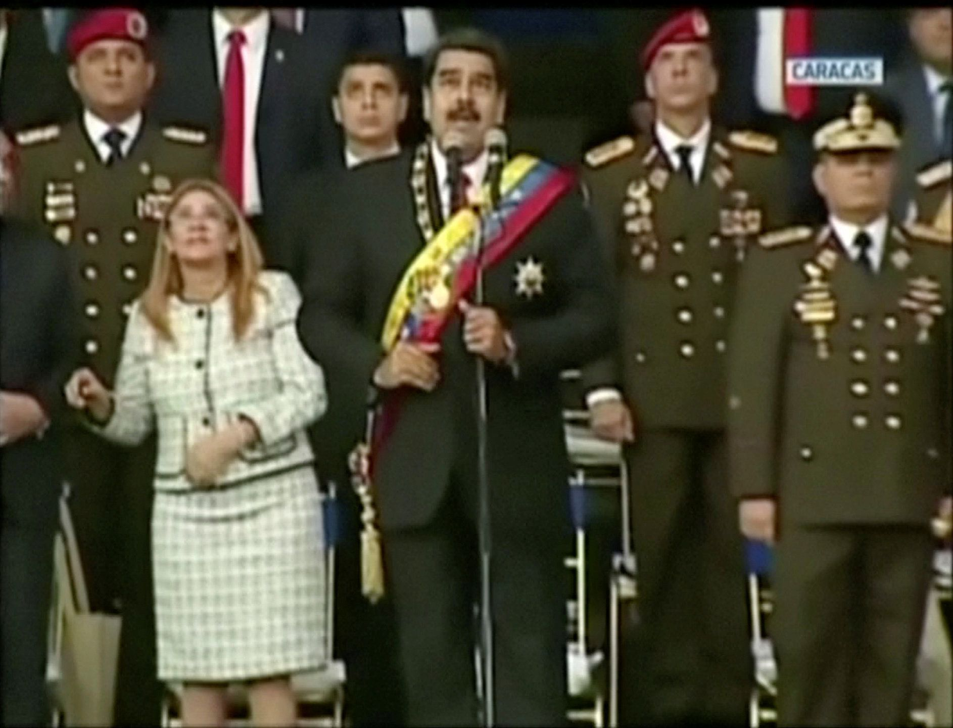 Venezuela: Maduro dit avoir échappé à un attentat et accuse le président