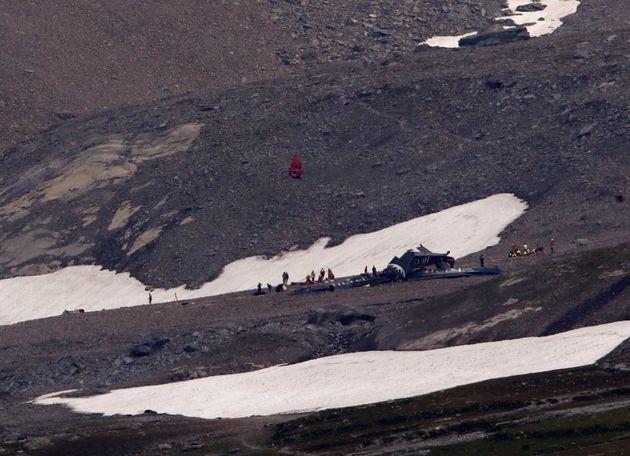 Νεκροί και οι 20 επιβαίνοντες αεροσκάφους που κατέπεσε στις Ελβετικές