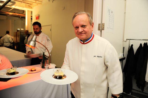 Jo l robuchon est mort le c l bre chef cuisinier fran ais for Cuisinier 32 etoiles