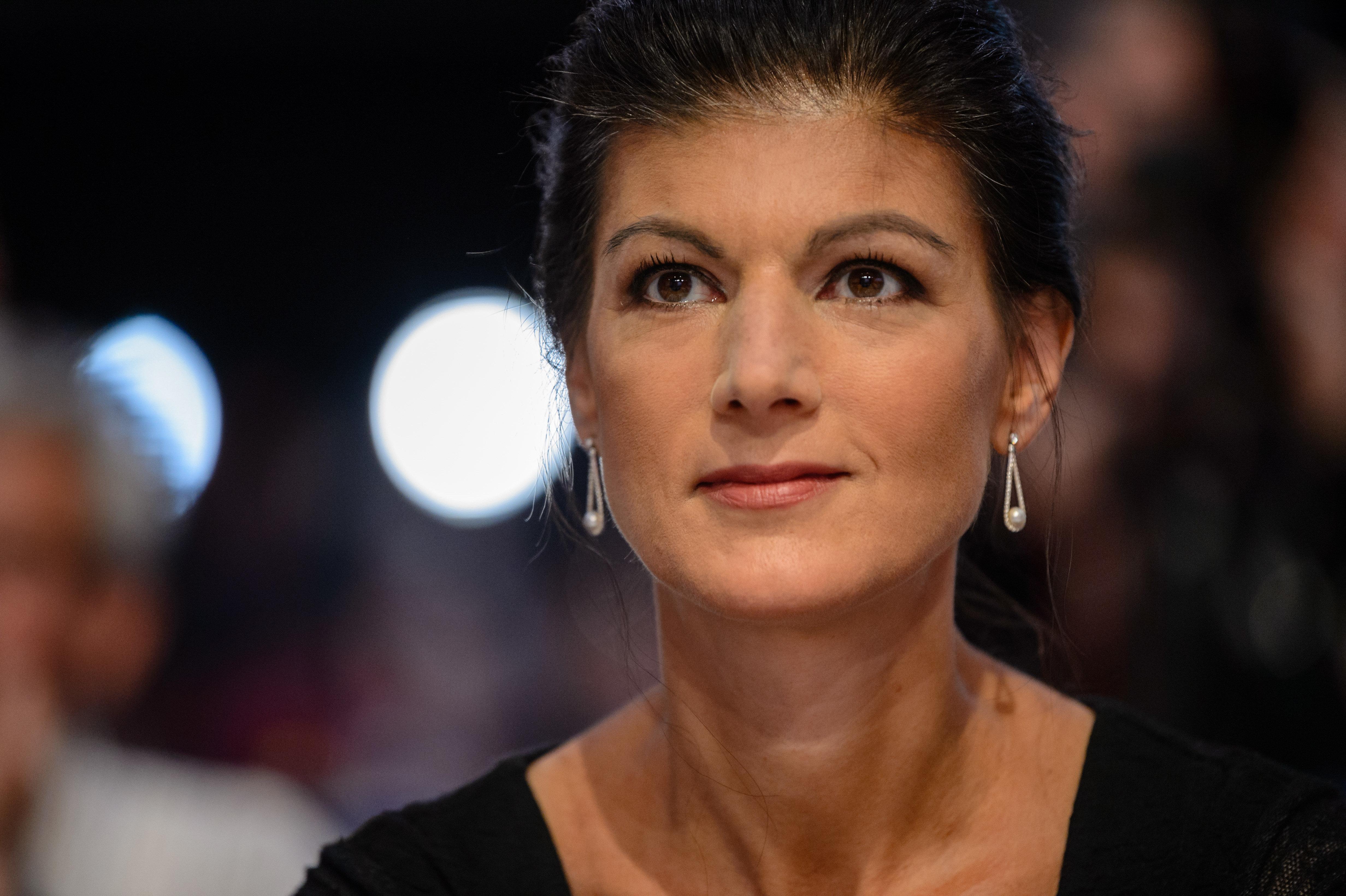 """Wagenknechts Bewegung: Politik-Experten sprechen von """"überragender Resonanz"""""""