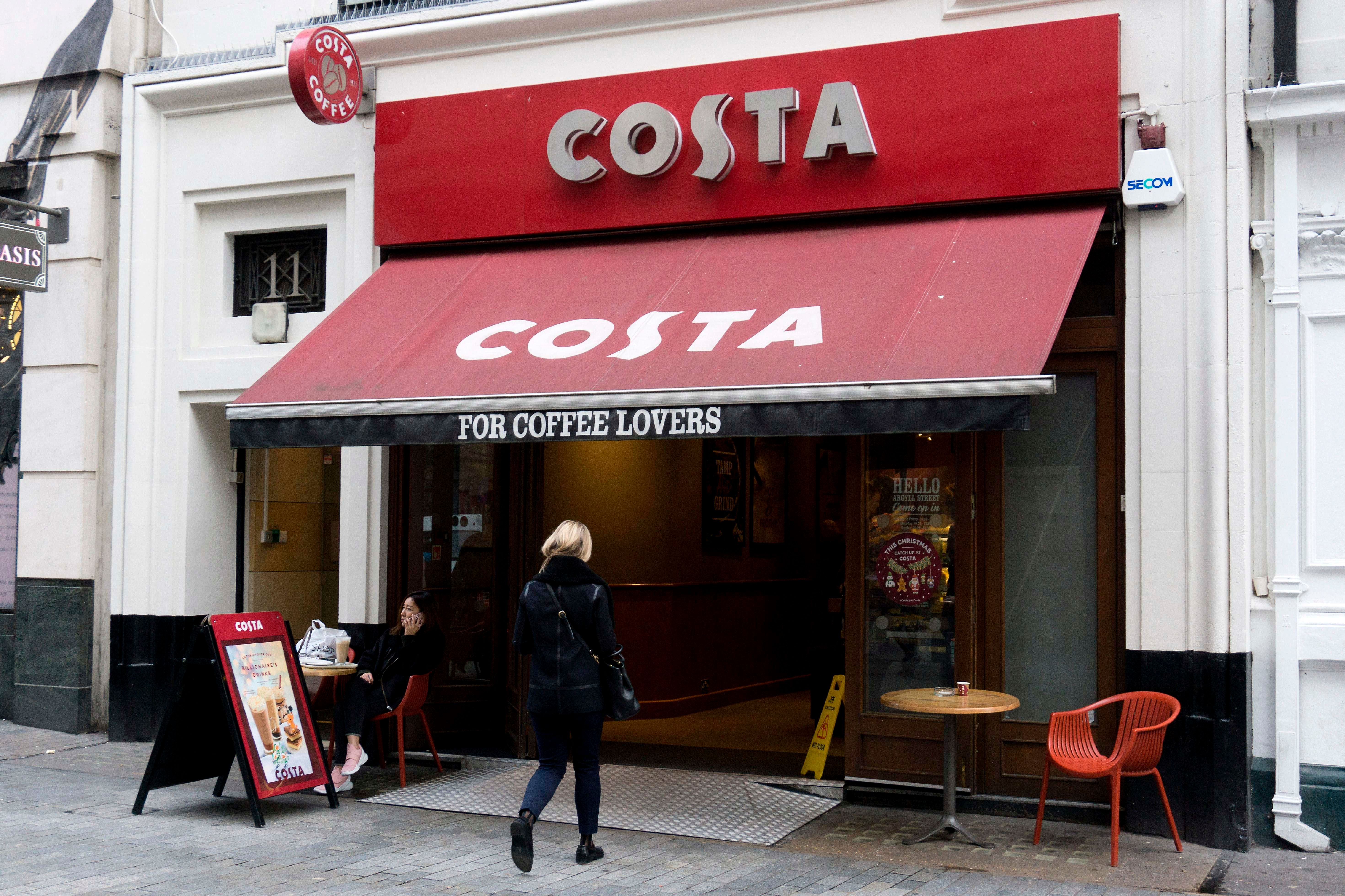 Costa Fights Loneliness By Encouraging Strangers To Share A Table