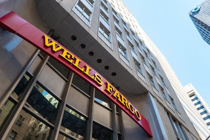 Wells Fargo Says Hundreds Lost Homes After Computing 'Error