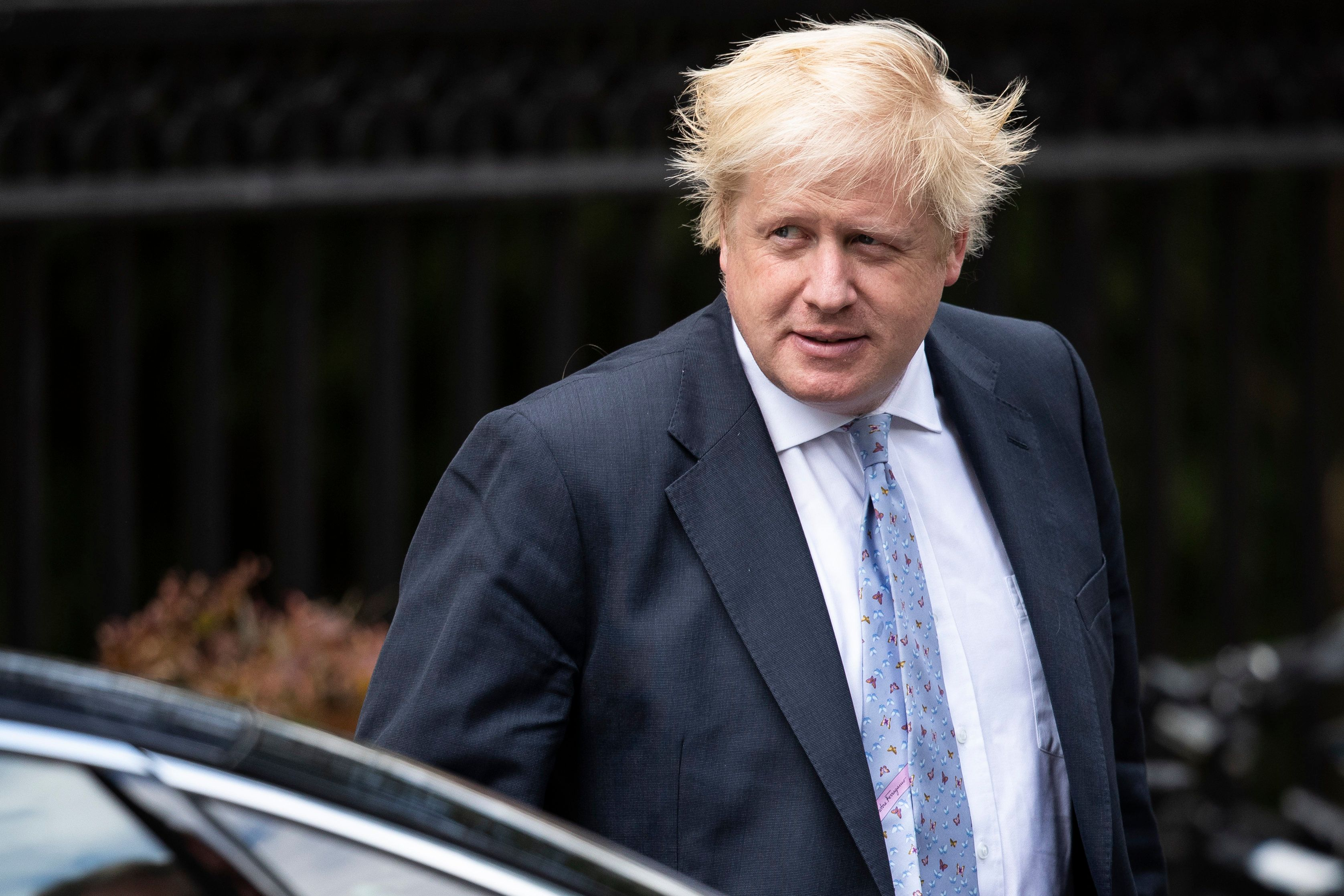 Boris Johnson told by Tory chair to apologise for burka comments