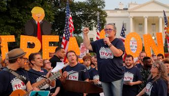 """Entertainer Rosie O'Donnell and cast members from Broadway musicals join the """"Kremlin Annex"""" protest in front of the White House in Washington, U.S., August 6, 2018. REUTERS/Brian Snyder"""