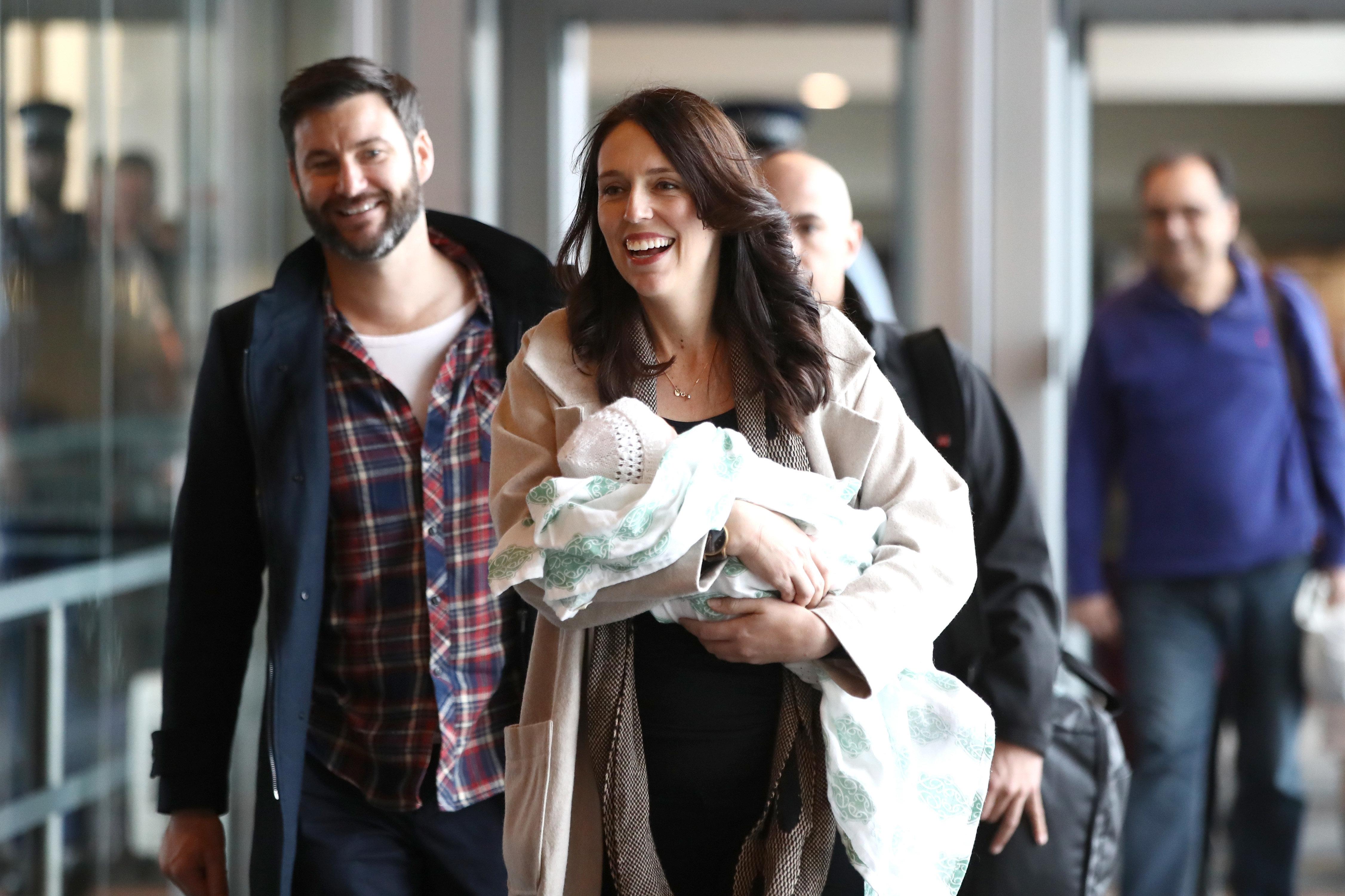 Η πρωθυπουργός της Νέας Ζηλανδίας θέλει η κόρη της να μιλά