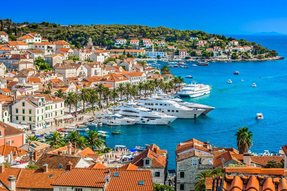 Colin and Araminta go to the Croatian island of Hvar for their honeymoon.