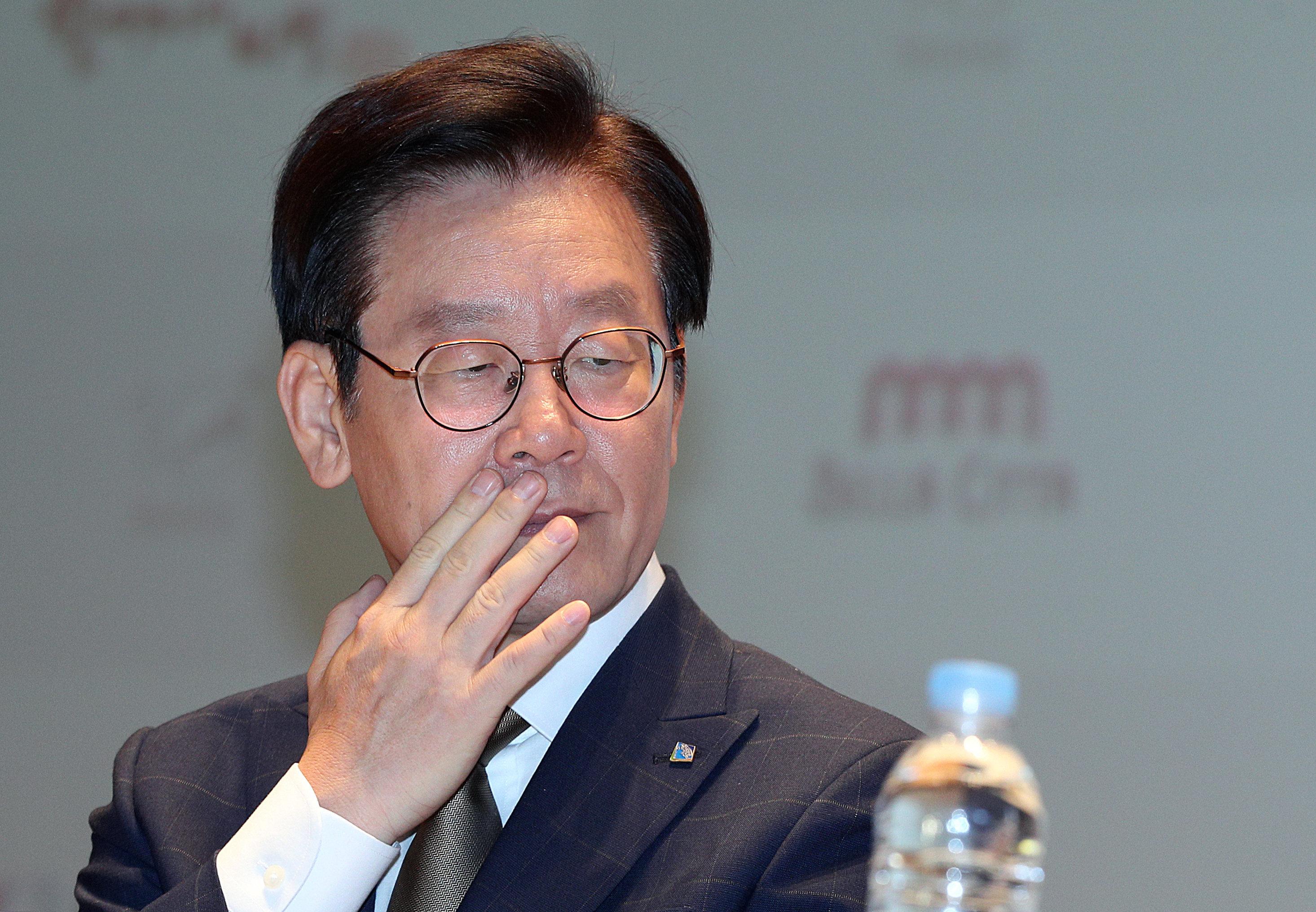 이재명이 '친형 정신병원 강제입원' 의혹에 대해 조목조목 내놓은