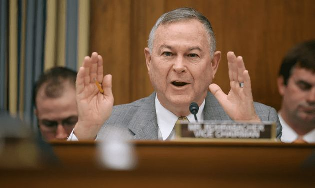 [그림 1] Rep. Dana Rohrabacher, a Republican from California. 출처 : Chip Somodevilla/Getty Images News/Getty