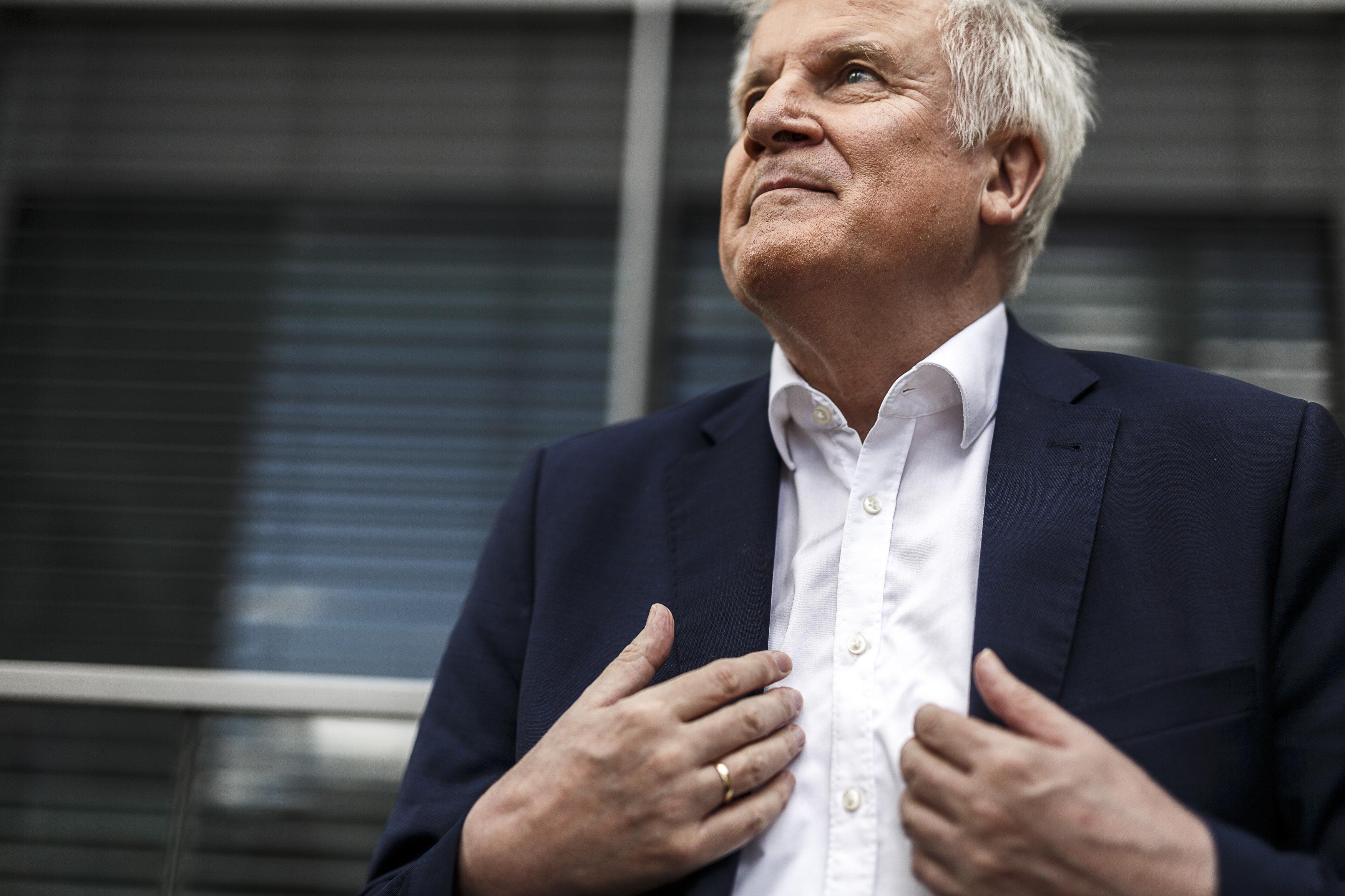 Laut Innenministerium: Seehofer trifft Migrationsvereinbarung mit Spanien