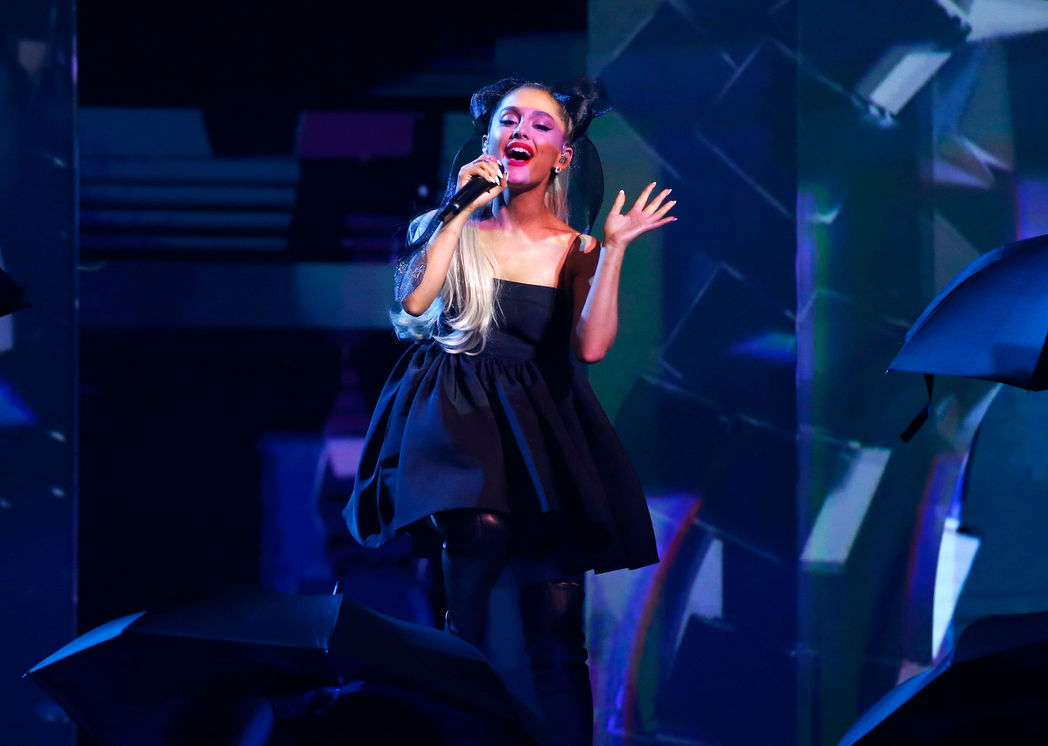 "2018 Billboard Music Awards - Show - Las Vegas, Nevada, U.S., 20/05/2018 - Ariana Grande performs ""No Tears Left To Cry."" REUTERS/Mario Anzuoni"