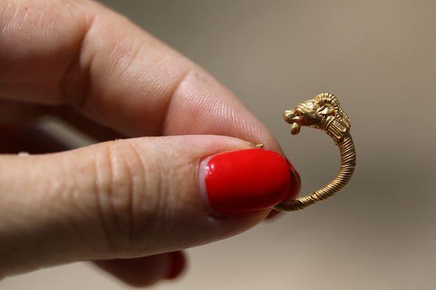 Χρυσό ενώτιο της ελληνιστικής εποχής βρέθηκε στην