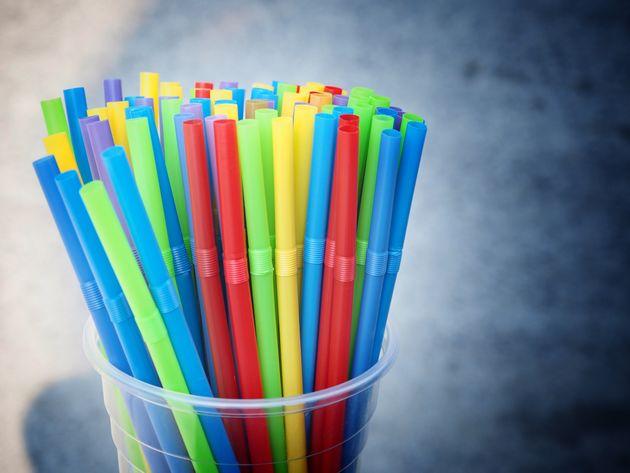 Ποια ακτοπλοϊκή εταιρεία κατήργησε τα πλαστικά