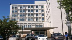 Πυροβολισμοί σε νοσοκομείο στη Νέα