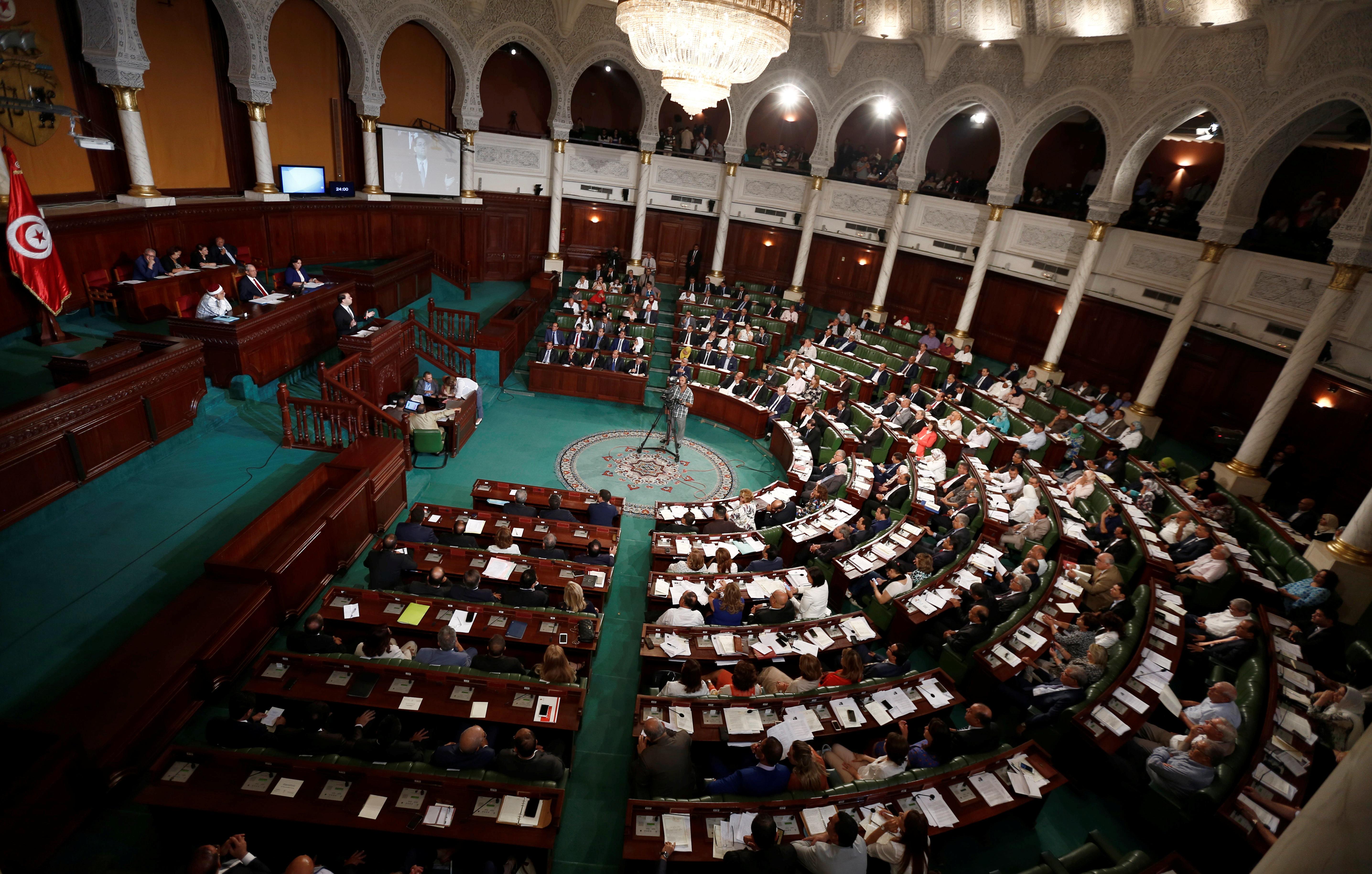 Modifier le nombre de sièges au parlement, est-ce une bonne idée? Des experts