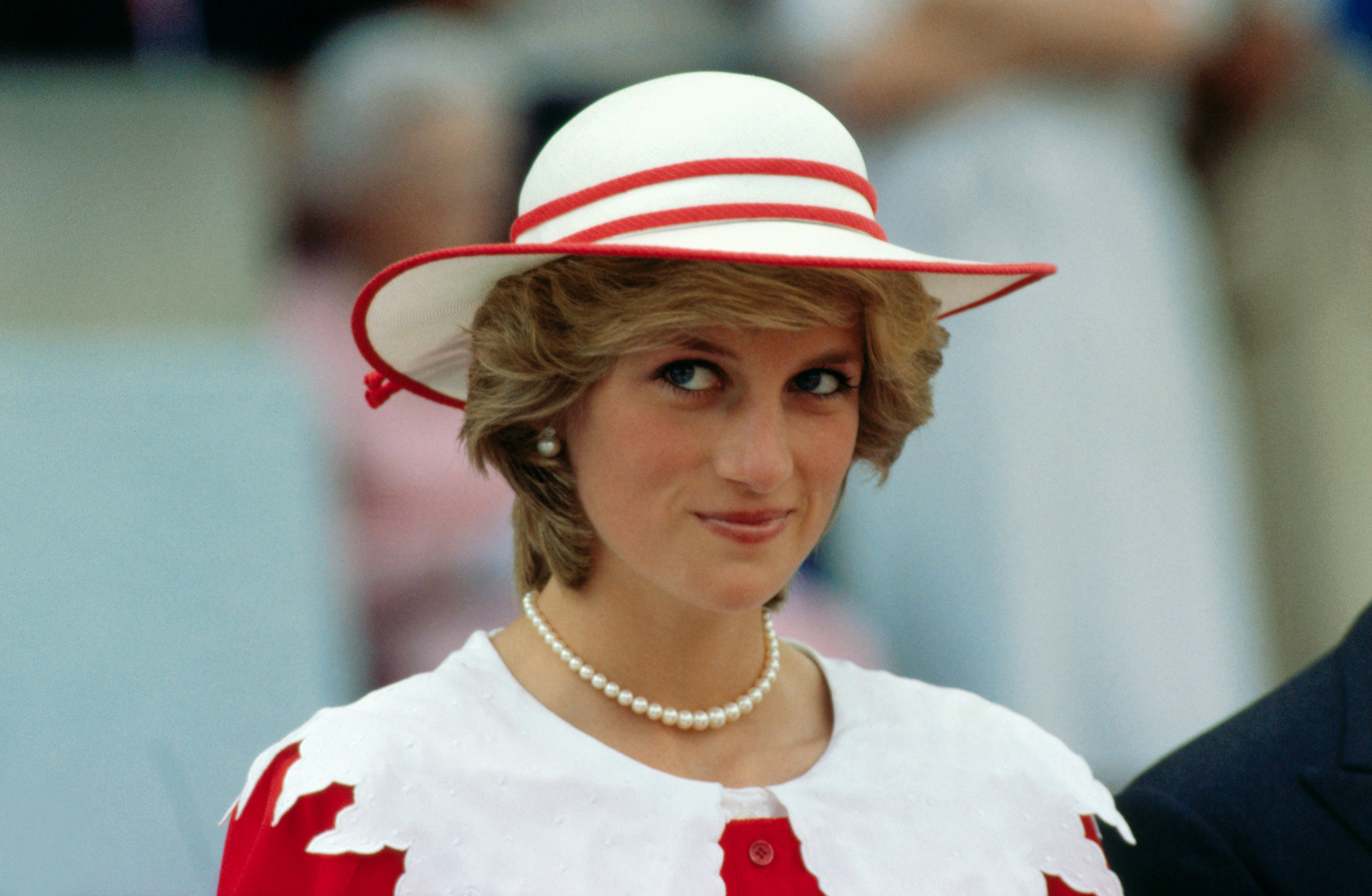 Princess Diana was known for an especially thoughtful habit. A recent study shows why you should adopt it, too.