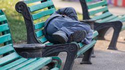 5 Möglichkeiten, Obdachlosen während der Hitzewelle zu