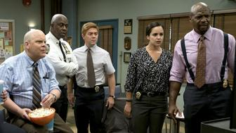 BROOKLYN NINE-NINE: L-R: Joel McKinnon Miller, Dirk Blocker, Terry Crews, Jo Lo Truglio, Melissa Fumero and Terry Crews in the 'The Big House Pt.2' episode of BROOKLYN NINE-NINE airing Tuesday, Oct. 3 (9:30-10:00 PM ET/PT) on FOX.  (Photo by FOX via Getty Images)