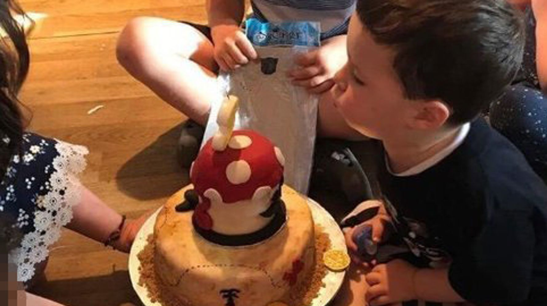 Astonishing Free Cakes For Kids These Volunteers Bake Birthday Cakes For Funny Birthday Cards Online Inifodamsfinfo