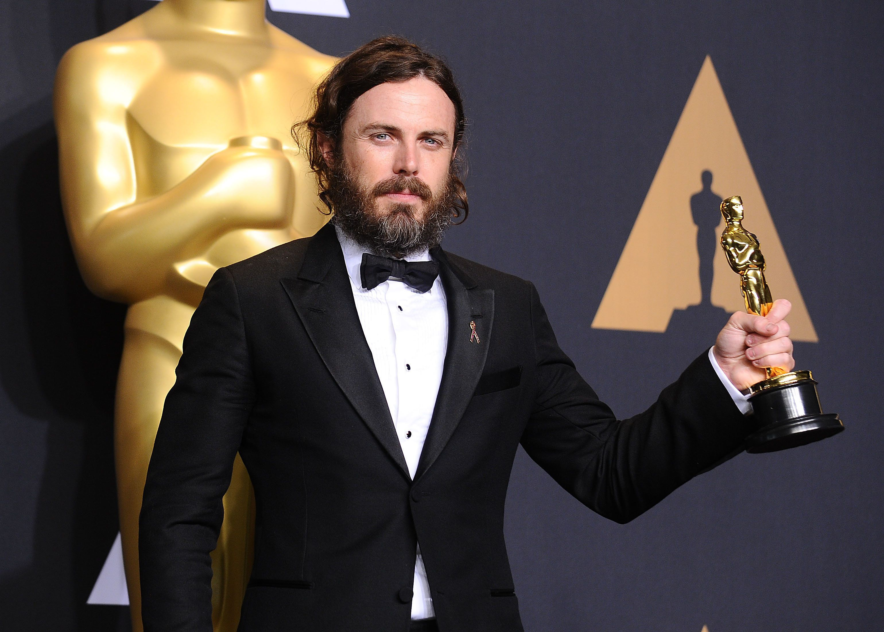 Casey Affleck apologizes for tolerating 'unprofessional' on-set behavior