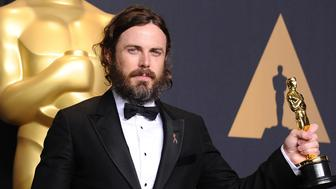 HOLLYWOOD, CA - FEBRUARY 26:  Actor Casey Affleck poses in the press room at the 89th annual Academy Awards at Hollywood & Highland Center on February 26, 2017 in Hollywood, California.  (Photo by Jason LaVeris/FilmMagic)