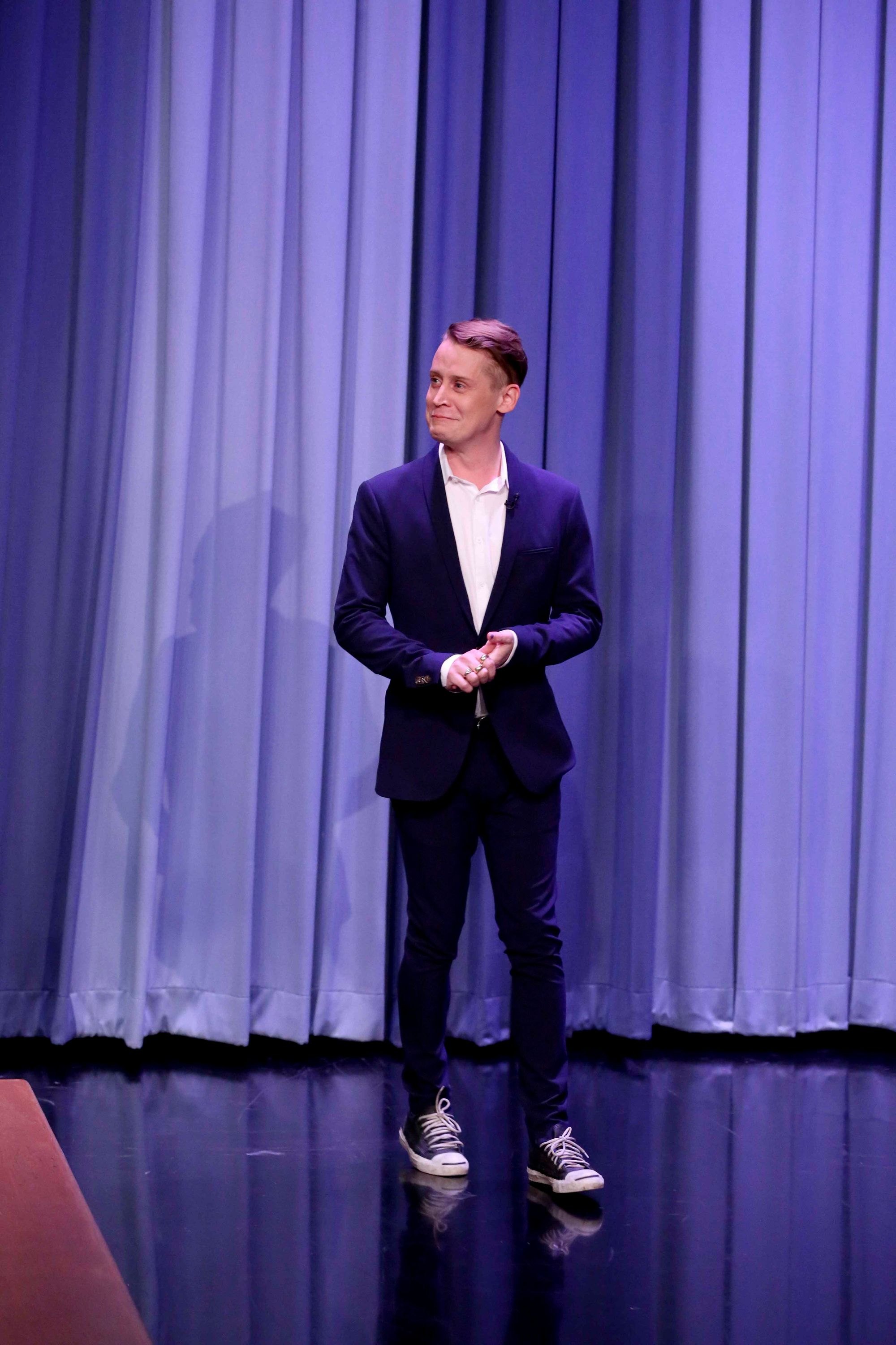 THE TONIGHT SHOW STARRING JIMMY FALLON -- Episode 0825 -- Pictured: Actor Macaulay Culkin arrives on March 2, 2018 -- (Photo by: Andrew Lipovsky/NBC/NBCU Photo Bank via Getty Images)