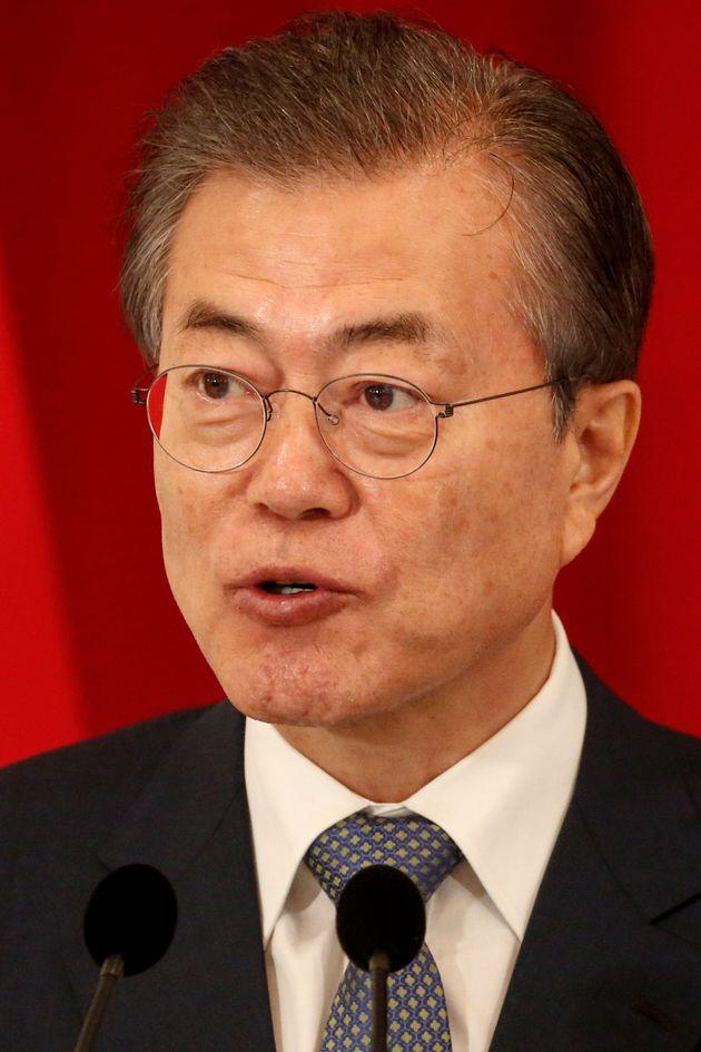 한국갤럽 조사에서도 문대통령 지지도가 60% 선 아래로