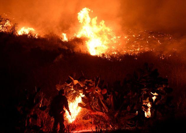 Θυελλώδεις άνεμοι 8 μποφόρ και υψηλός κίνδυνος εκδήλωσης πυρκαγιών θέτουν σε επιφυλακή τις