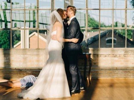 Όλοι ψάχνουν να μάθουν περισσότερα για αυτή τη γαμήλια