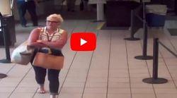 Όλοι έτρεξαν να απομακρύνουν αυτή την τσάντα από αεροδρόμιο των